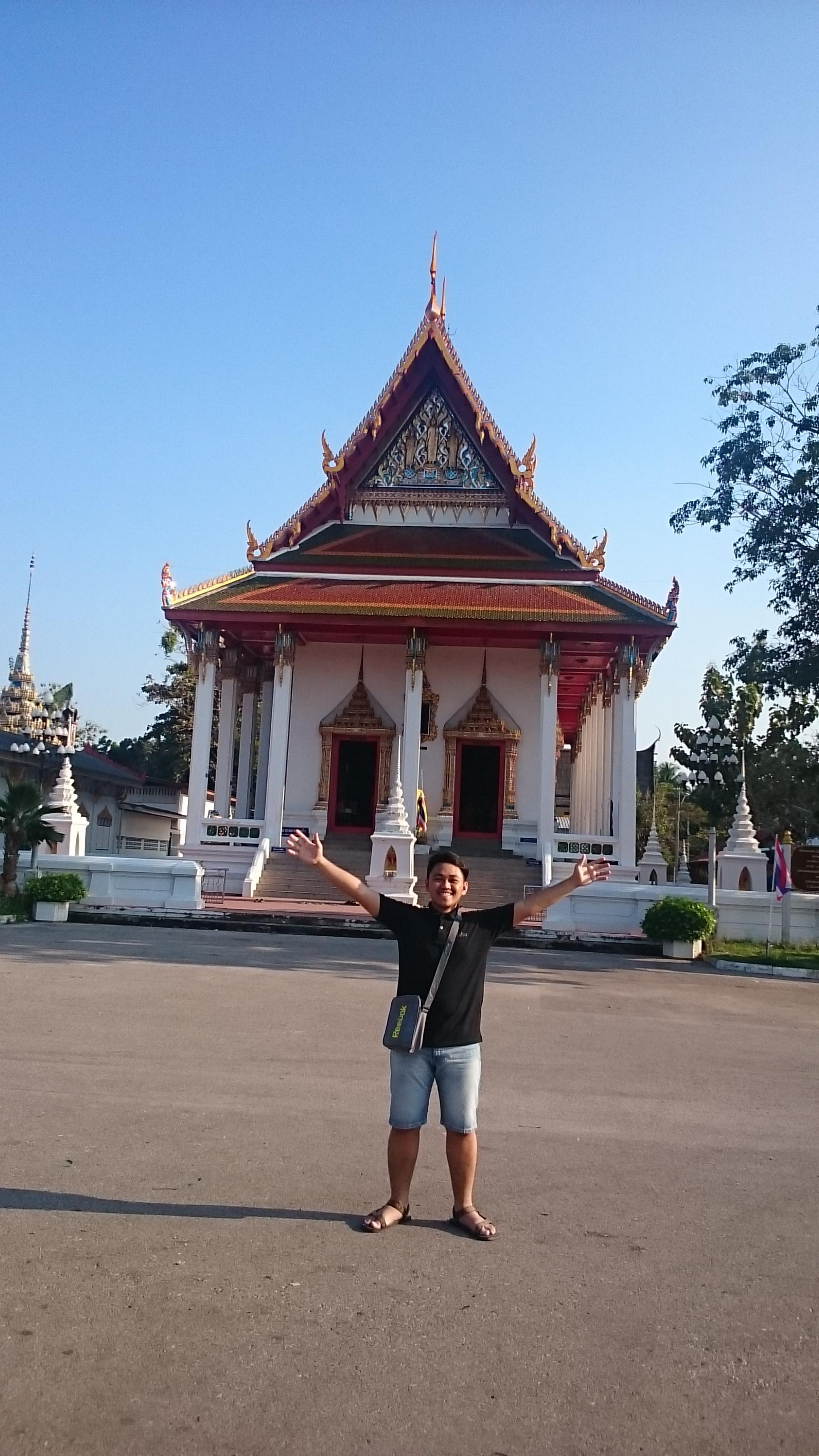 Marco Rosario in Thailand.jpg